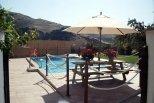 Otra piscina disponible fuera del recinto