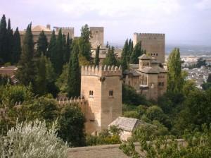 Vista de las torres de la Alhambra